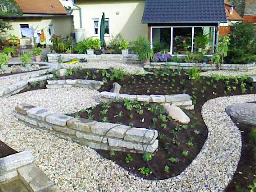 Anlegen und Gestaltung eines mediterranen Gartens in Halle Döllnitz