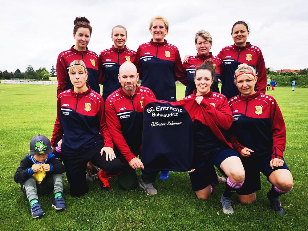 Rollrasen Schirmer sponsert den FC Eintracht Schkeuditz